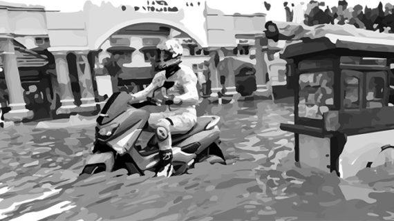 Jangan Paksa Yamaha NMax Terabas Banjir Setinggi Lebih As Roda